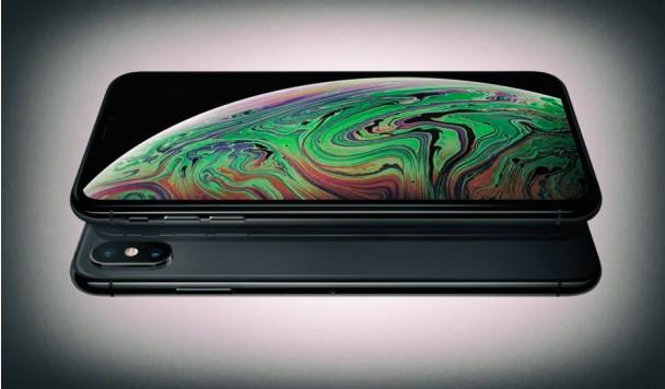 Apple вступает в гонку гибких смартфонов
