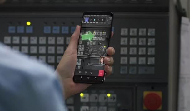 Элементы дополненной реальности Microsoft Hololens появятся на смартфонах