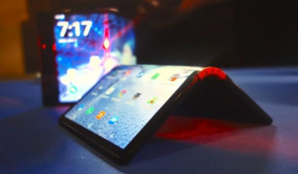 Google тоже планирует выпустить складной смартфон