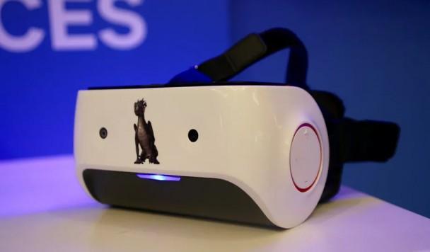 Qualcomm разрабатывает первый гибридный шлем виртуальной реальности