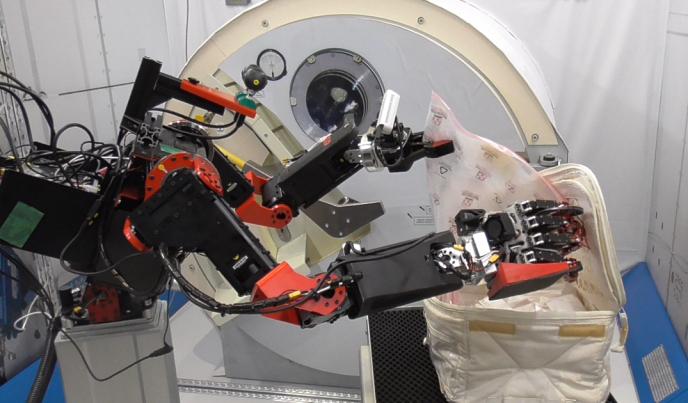 Роботы-аватары оставят космонавтов без работы