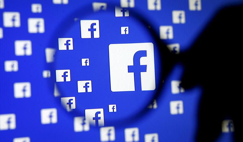 Facebook будет объяснять, почему вы видите те или иные посты