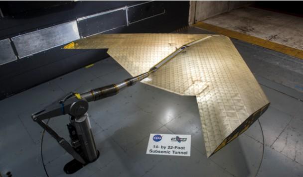 Новая разработка NASA позволит создавать самолеты с гибкими крыльями