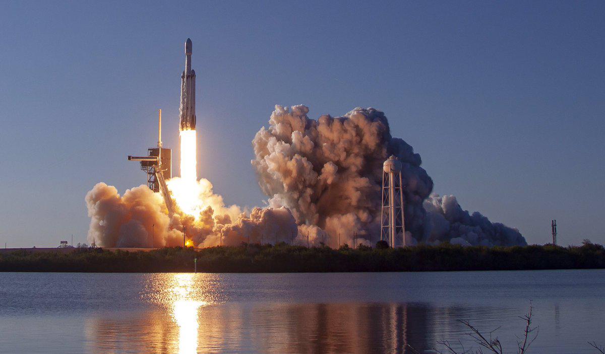 Двери в космос: Почему успех Falcon Heavy так важен для всех нас
