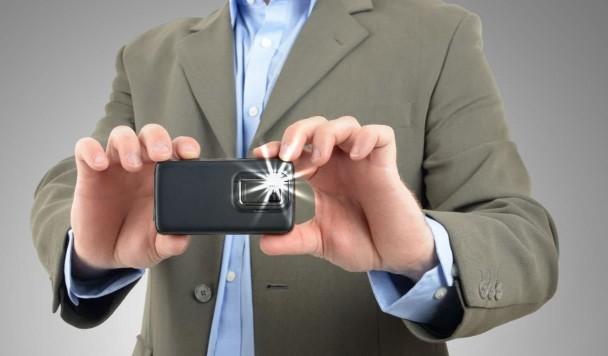 Почему фотовспышка на смартфонах столь некачественная и что с этим делать?