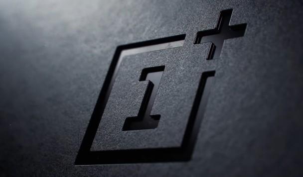 """OnePlus грозится выпустить """"суперфлагманский"""" смартфон"""