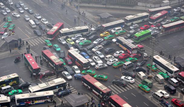 Хакеры могут устроить транспортный коллапс, удаленно останавливая двигатели машин
