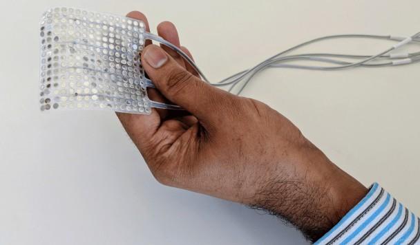Разработан имплант, позволяющий считывать речь напрямую из мозга