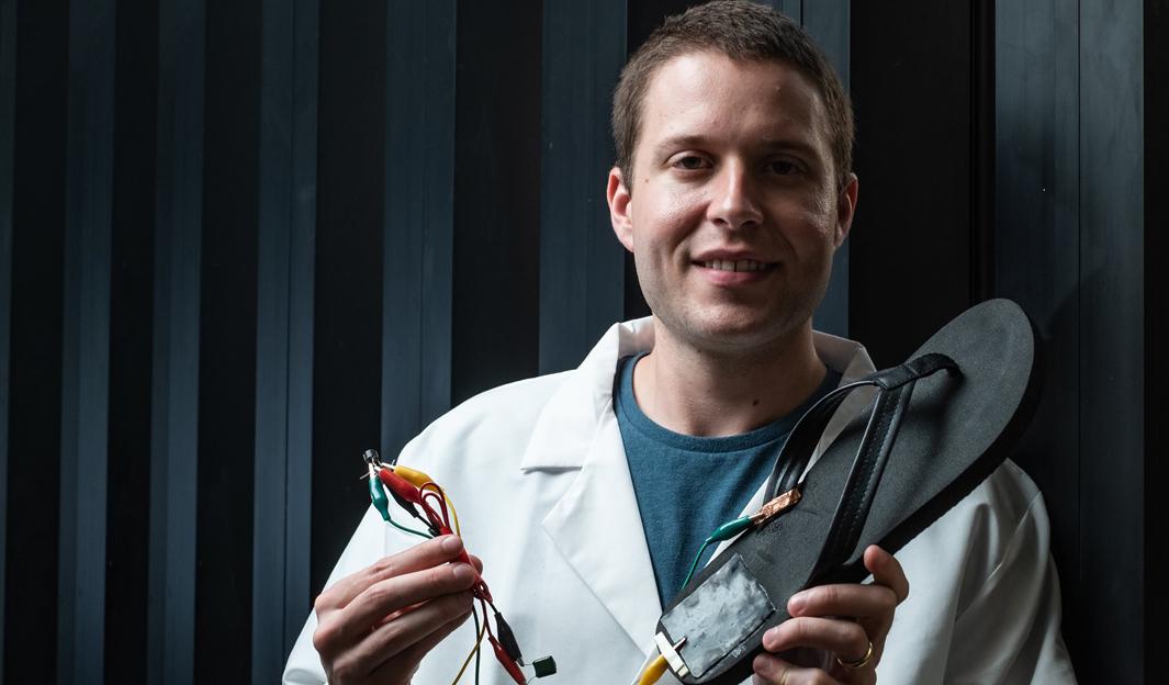 Гибкие генераторы позволят вам заряжать электронику с помощью ходьбы