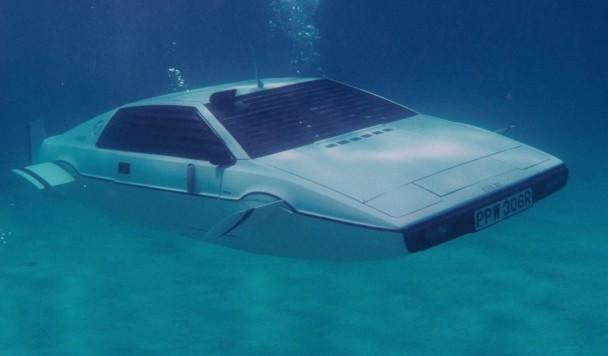 Илон Маск подтвердил, что работает над автомобилем-субмариной