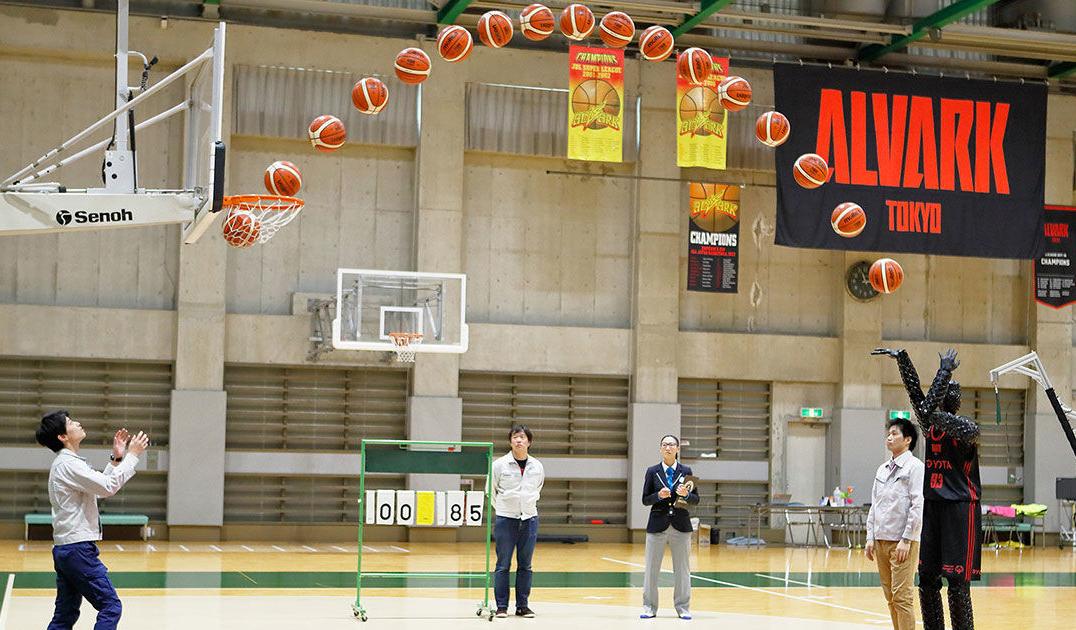 Робот-баскетболист от Toyota поставил мировой рекорд