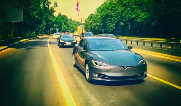 Илон Маск лично пообещал вывести Tesla на украинский рынок