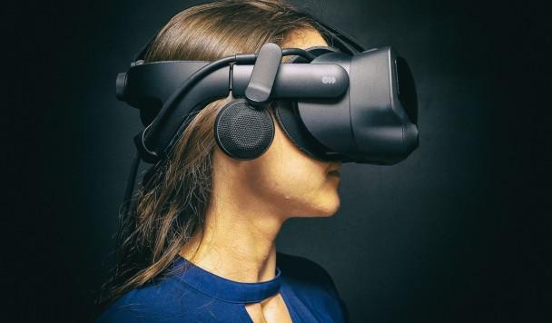 Обзор Valve Index: Мощный шлем виртуальной реальности за мощную цену