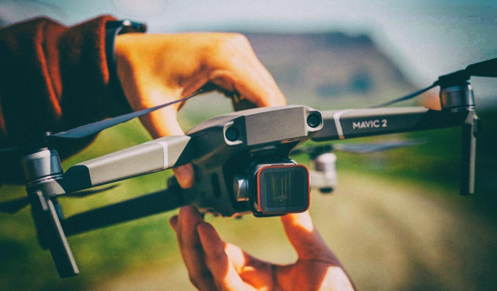 Представлен первый анаморфотный объектив для дрона