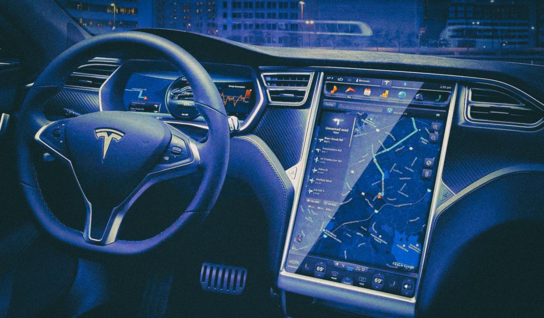 Бывший сотрудник Tesla скопировал технологию автопилота и передал китайцам
