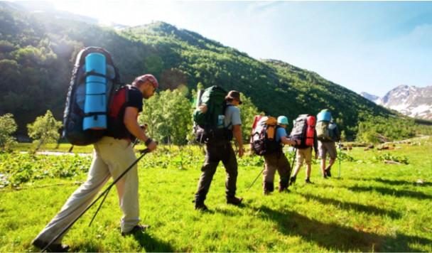 Как выбрать навигатор для туристов и путешественников?