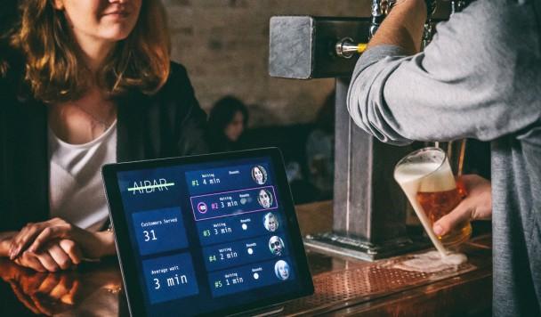 В Лондоне заработал первый бар с искусственным интеллектом
