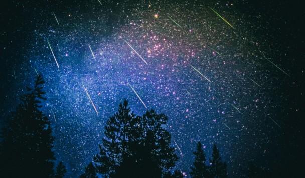 Метеорный поток Персеиды: Что это такое и как это сфотографировать