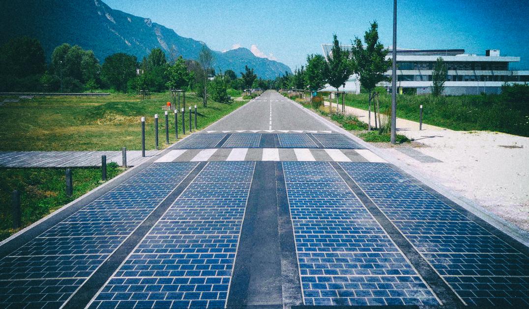 Первая в мире дорога из солнечных панелей оказалась полным провалом