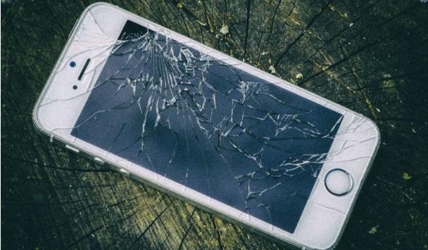 Конец трещинам: iPhone 11 получит небьющийся дисплей