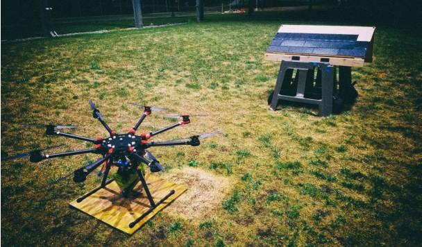 Разработан автономный дрон-кровельщик для ремонта крыш