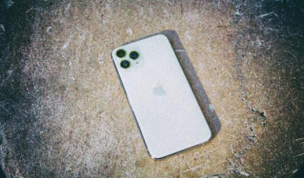 iPhone 12 получит новый дизайн и более высокую цену
