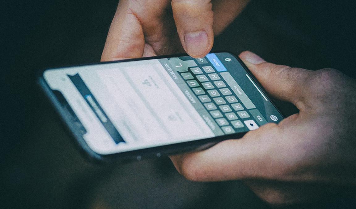 Исследование: Скорость набора текста на смартфонах сравнялась со скоростью печати на клавиатуре