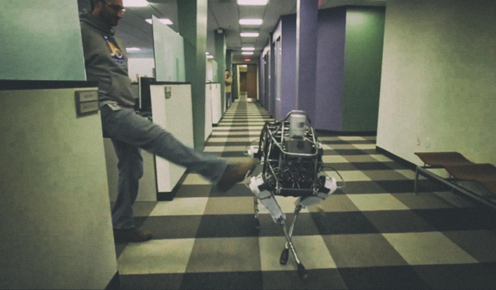 Люди склонны обвинять автономных роботов в авариях на производстве