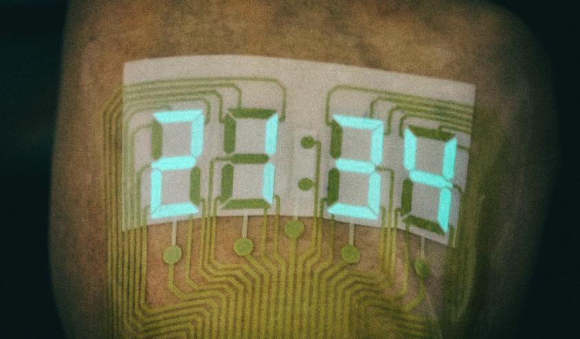 Растяжимая электроника позволяет создавать дисплеи на коже человека