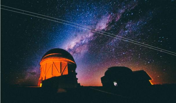 Астрономы жалуются, что Илон Маск мешает им смотреть на звезды