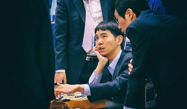 Поражение человека: Чемпион игры Го завершил карьеру после игры с компьютером