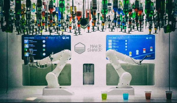 Создатели роботов хотят платить зарплату людям, которые потеряют из-за них работу