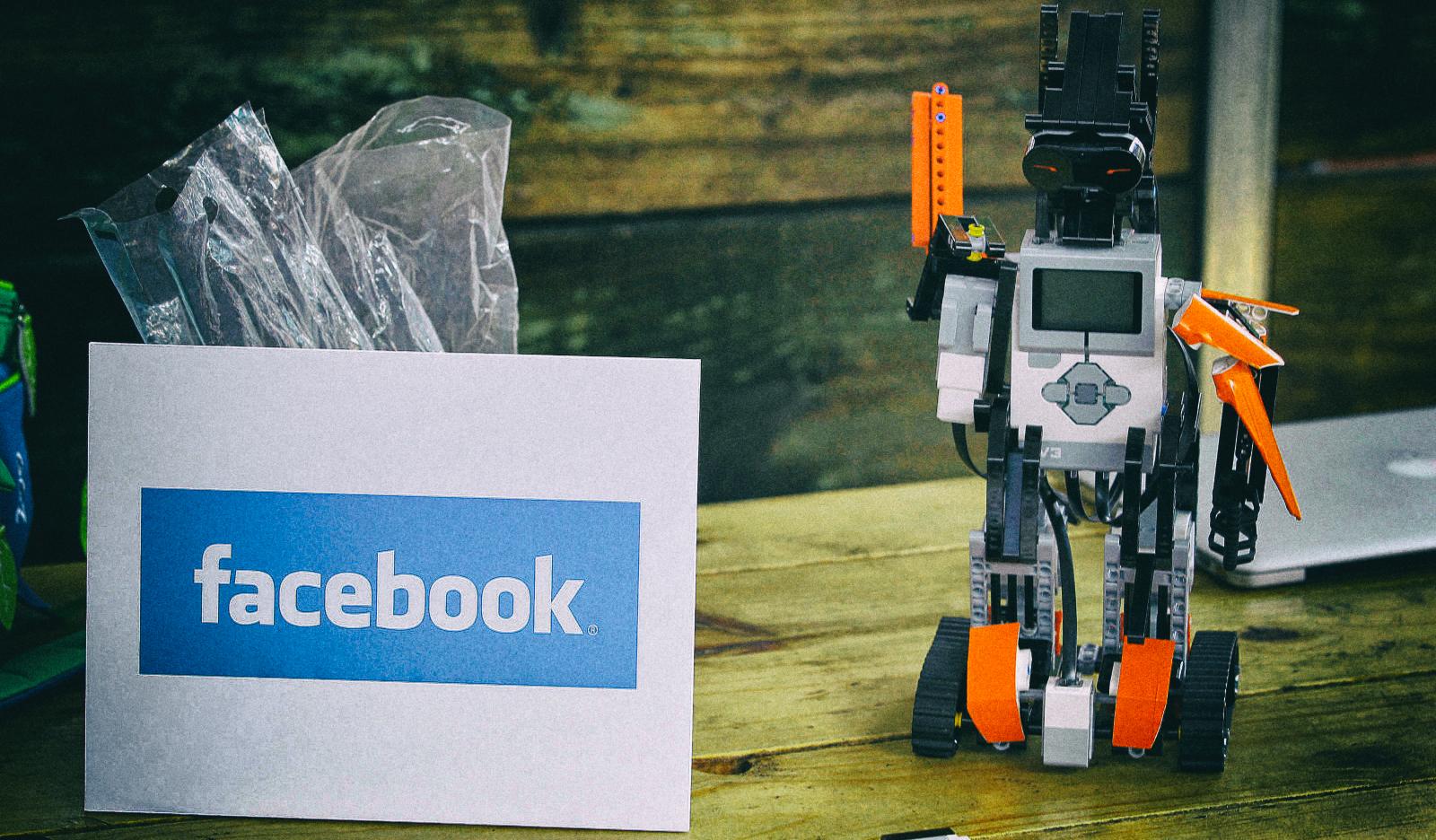 Facebook научил роботов ориентироваться в пространстве без карт