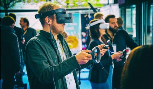Ученые придумали, как побороть тошноту в виртуальной реальности