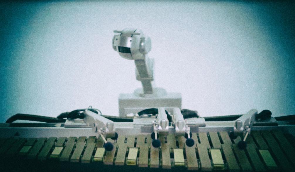Робот-музыкант отправляется в первый концертный тур