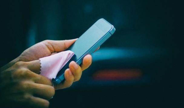 Как стерилизовать свой смартфон, не испортив его