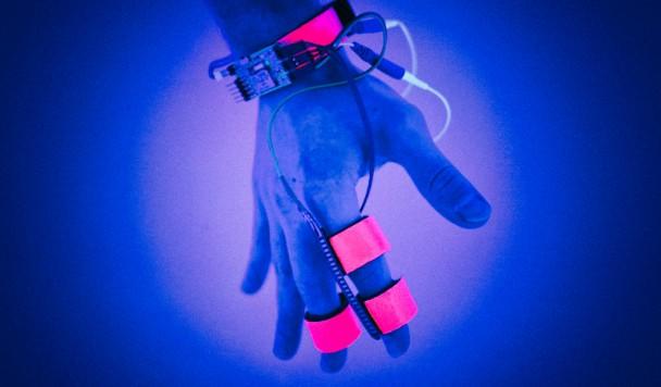 """В MIT создается устройство для """"взлома"""" человеческих сновидений"""