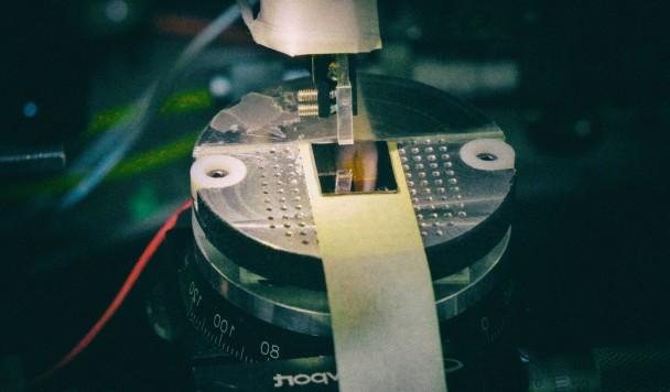 Поставлен мировой рекорд по скорости передачи данных по оптоволокну