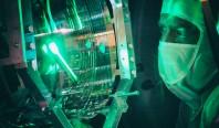 """Крошечные квантовые колебания могут """"пинать"""" крупные объекты"""