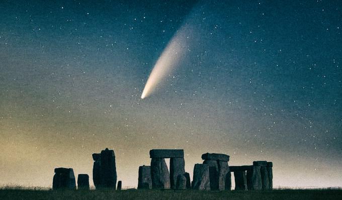Самые потрясающие снимки кометы NEOWISE