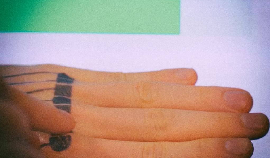 Татуировки от Google позволят вам превратить свое тело в тачпад