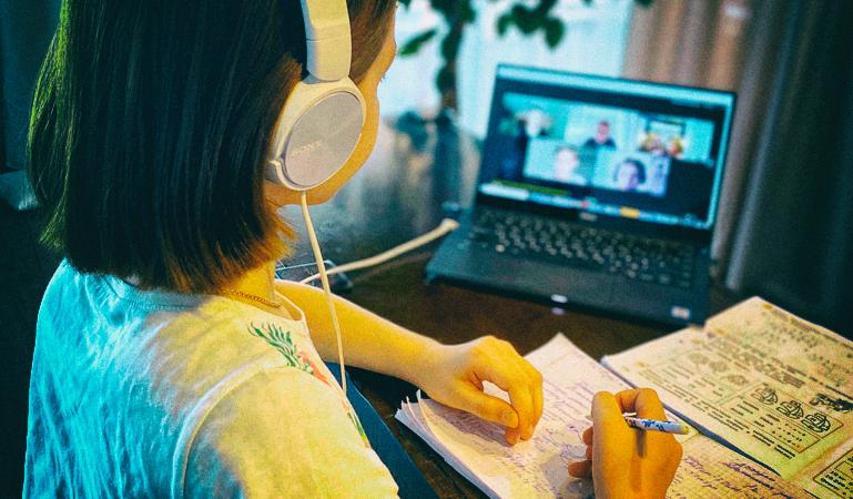 В Украине создан цлкл лекций для учителей о технологиях дистанционного обучения
