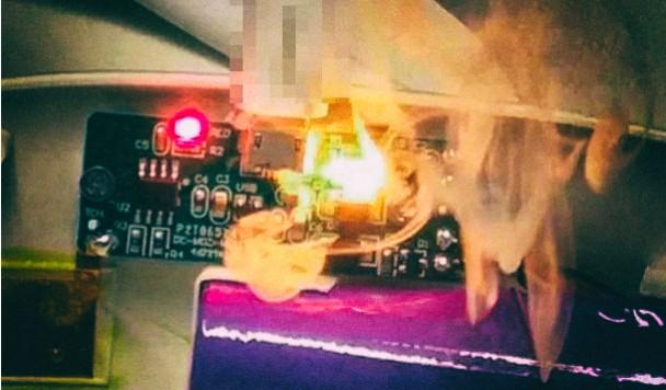Уязвимость зарядных устройств позволяет сжигать устройства, подключенные к ним