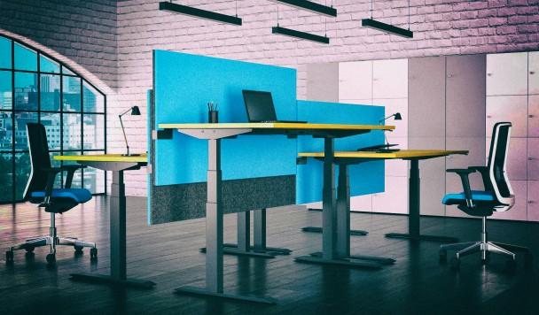 Какой способ управления имеет регулируемый по высоте стол? Делится информацией ТОКА