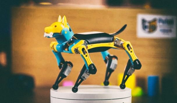 Представлен крошечный программируемый робопес стоимостью менее $200