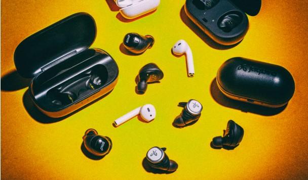 Безпровідні навушники: плюси та мінуси