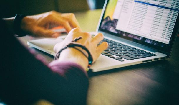 Как безопасно зарабатывать в Интернете? ТОП-5 инструментов