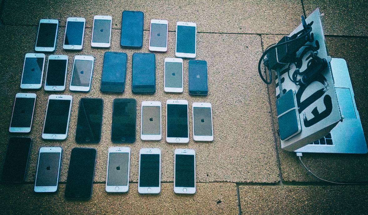 Новая атака позволяет взломать iPhone, просто направив на него антенну