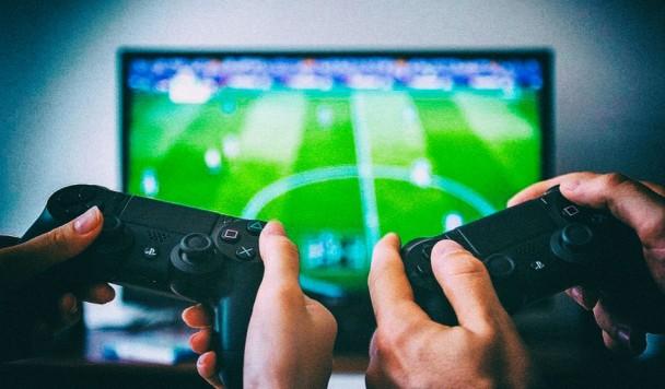Игровые приставки и кухонная техника — какие устройства стали чаще покупать украинцы в 2020