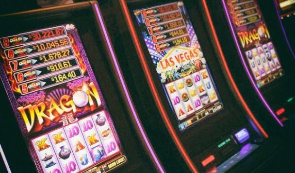Особенности игры в казино на гривны